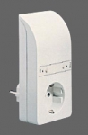 GIRA | 040102 Радиоадаптер для розетки  с функцией выключателя чисто-белый Gira